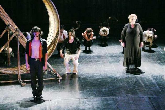 la-brasov-festivalul-de-teatru-e-la-a-xxiv-a-editie-18434271