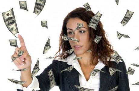 femei-bani-stockfreeimages.com_-430x285