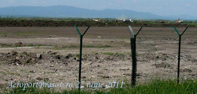 Gardul a fost montat și remontat de vreo patru ori...