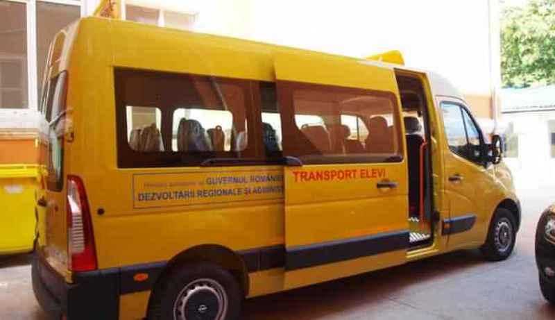 microbuz scolar