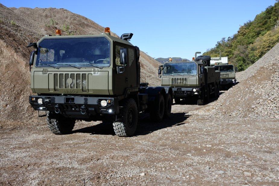 Iveco_Trucks_Romania_925_001