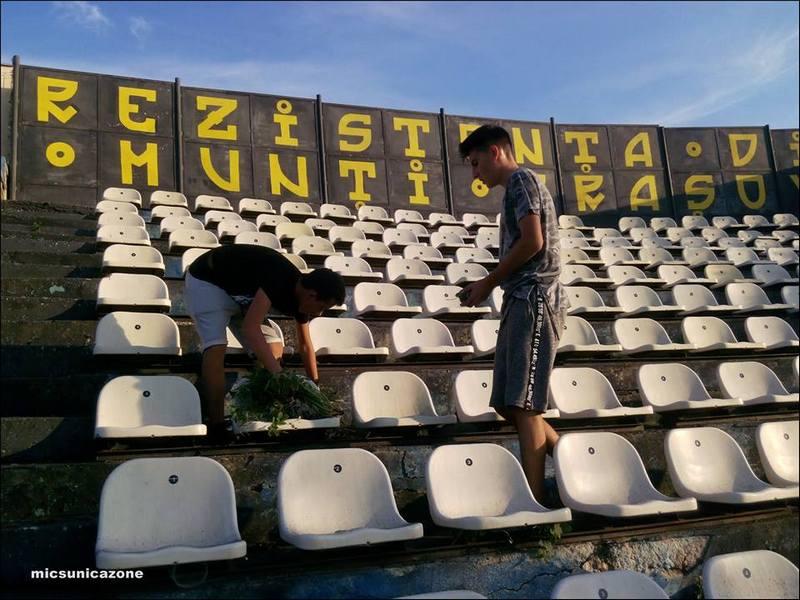 suporteri stadion curatenie10