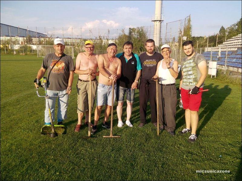 suporteri stadion_curatenie8