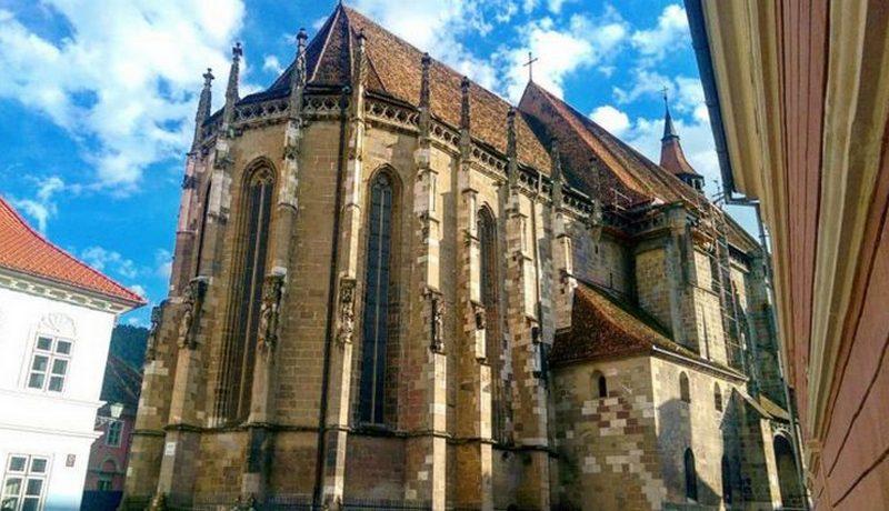 biserica neagra1