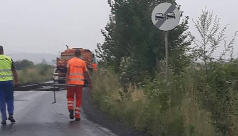 asfalt in ploaie tarlungeni 1