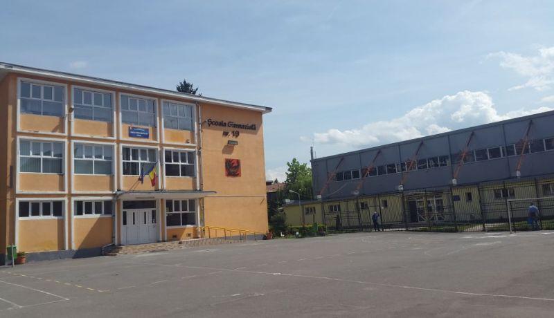 scoala 19 brasov