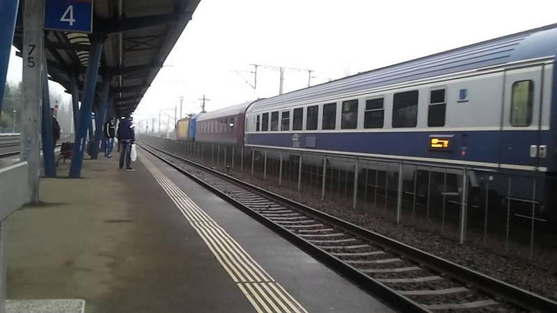 tren_calatori
