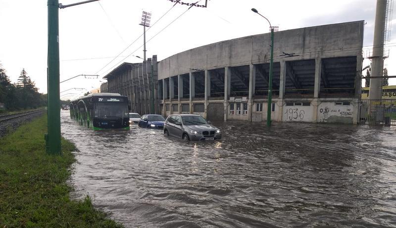 inundatie_stadion8