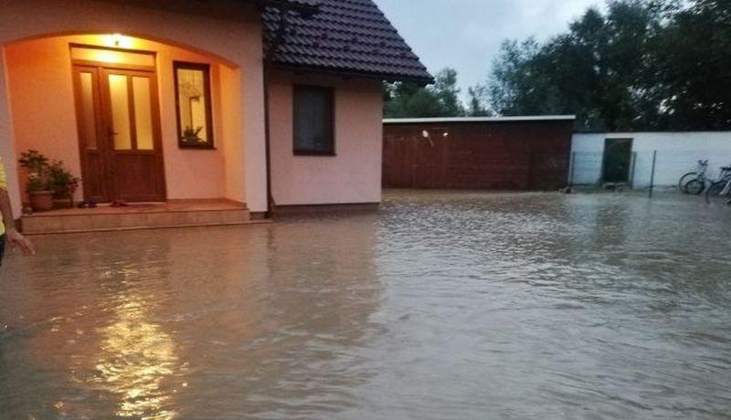inundatii-brasov-1